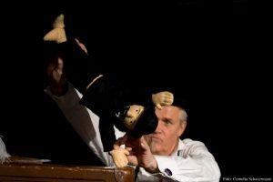 Under hatten- Monsieur Satie, en fantasie.